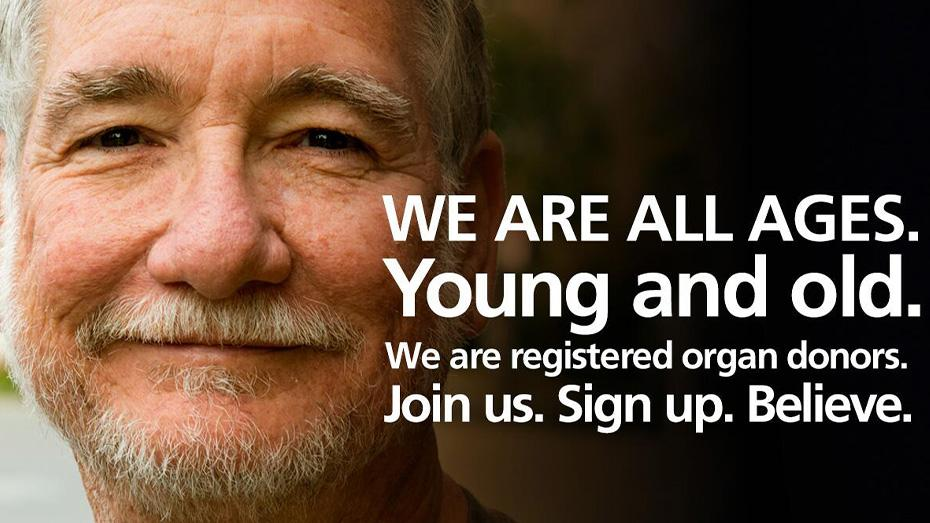 Tenemos diferentes edades. Somos jóvenes y ancianos. Estamos inscritos como donantes de órganos. Únase a nosotros. Inscríbase. Crea.